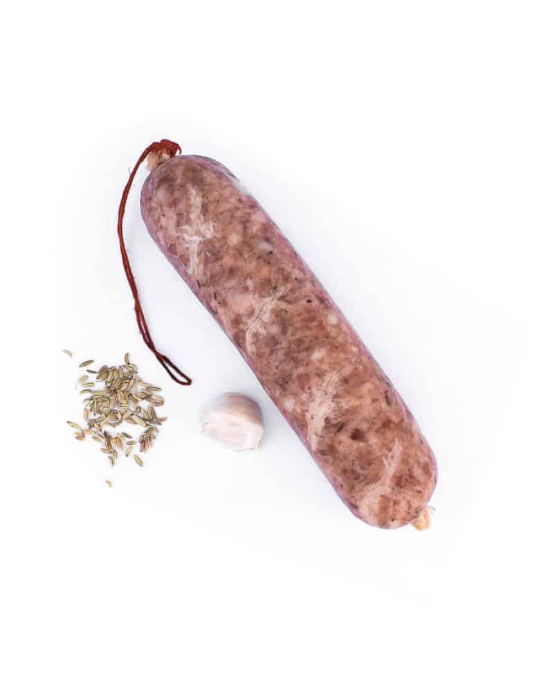 Longeole de savoie. Maison Alpin. Vente en direct de la salaison familiale. Charcuterie artisanale, saucisson, saucisse, diot, jambon, de Haute-Savoie & viande de qualité supérieure en ligne.