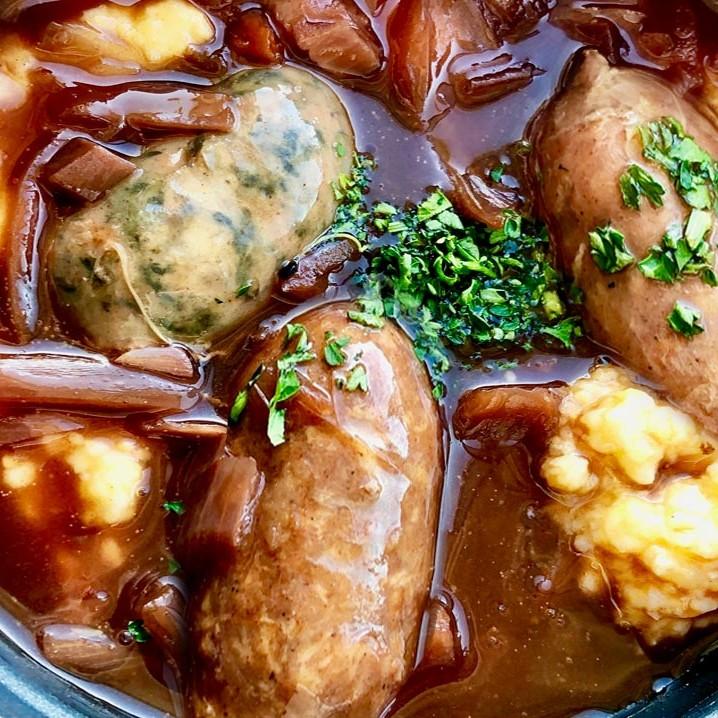 Diot de savoie. Vente en direct de la salaison familiale. Charcuterie artisanale, saucisson, saucisse, diot, jambon, de Haute-Savoie & viande de qualité supérieure en ligne.